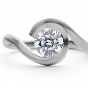 platinum-engagement-ring-with-0-9-carat-brilliant-white-diamond-1024x707