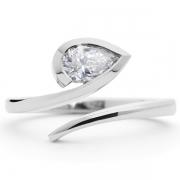 White-pear-cut-diamond-and-platinum-ring-1024x708