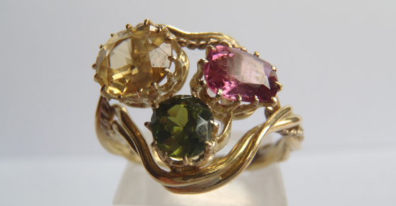 Claw setting vintage ring by David McLoughlin