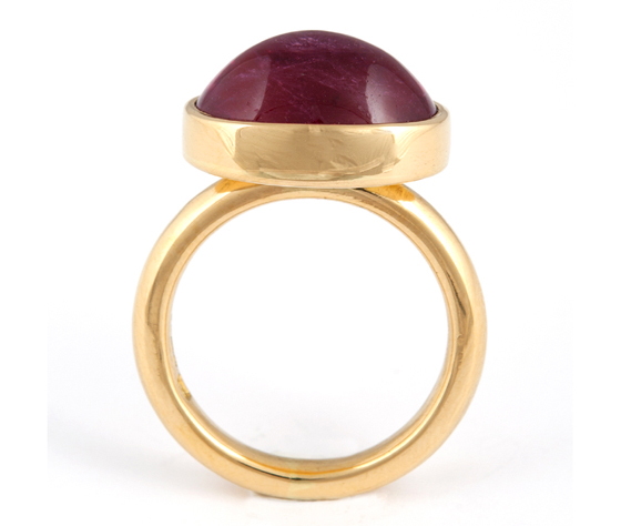 Ring, 18ct gold with pink rubelite by Tina Engell