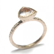 Etched 9ct rose gold band set with trillion cut morganite and brilliant cut white diamonds