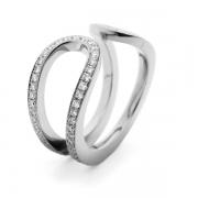 18-carat-white-gold-pave-diamond-ring-3-1024x708